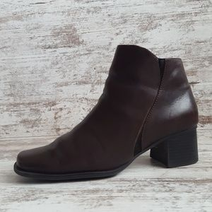 🔵Croft & Barrow Dark Brown Leather Ankle Boots